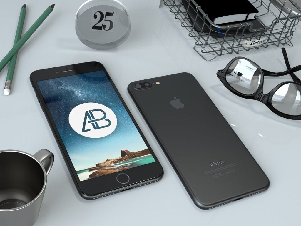 free-iphone-7-on-desk-mockup