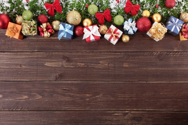 christmas-decorations-on-wood